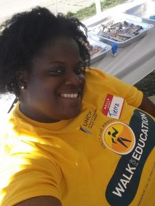"Jones volunteering at the UNCF's ""Walk for Education"""